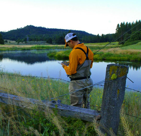 Guide Dax Messett finds the right fly on Hat Creek